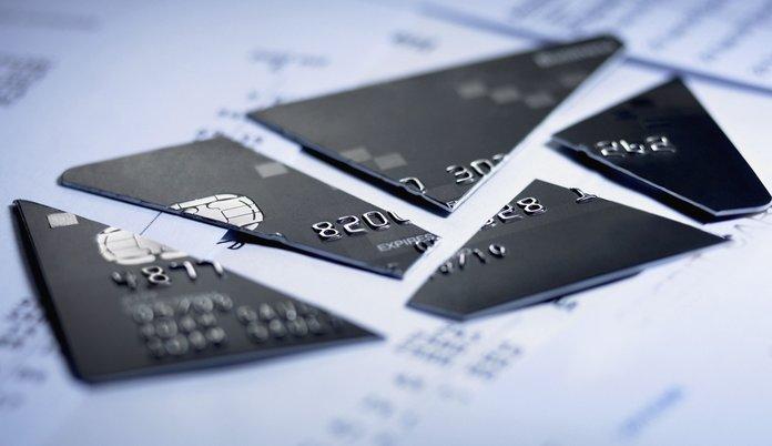 Сломанная кредитная карточка