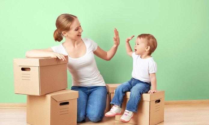 Как выписать ребёнка и прописать в другую квартиру при разводе?