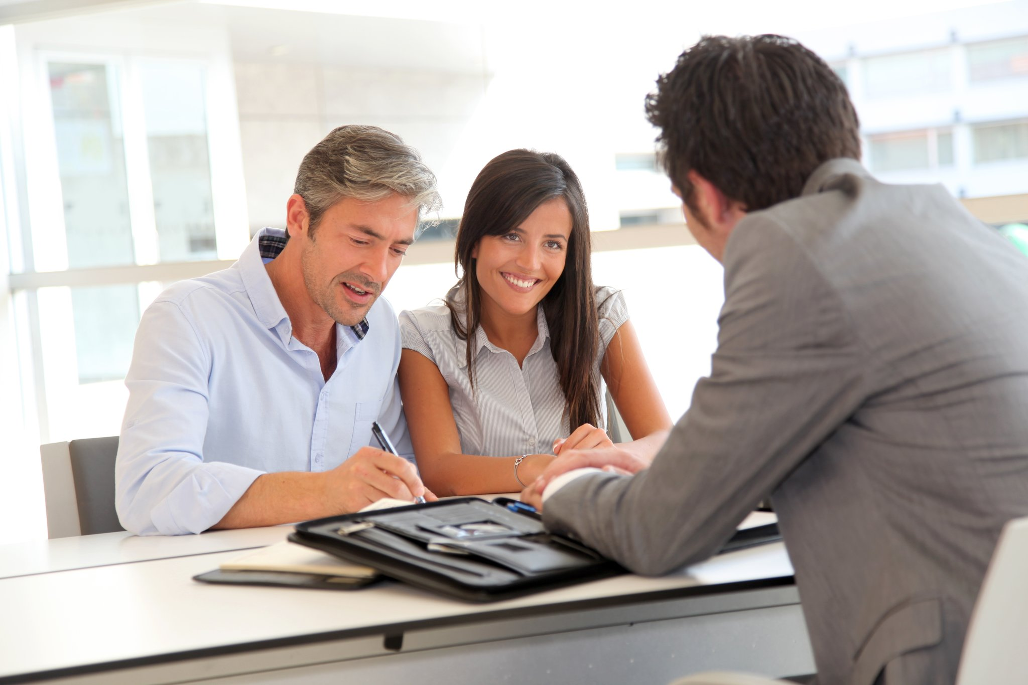 сомневался, отмена сделки с недвижимостью чего бояться покупателям и продавцам Зачем доставил